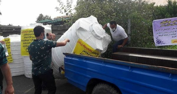 توزیع ۲۰ دستگاه تانکر آب و ۵۰ آبشخور دام بین عشایر شهرستان